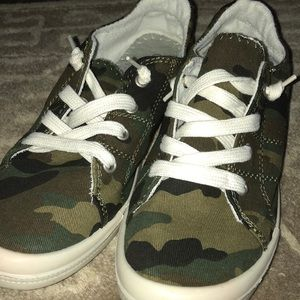 Shoes - Camo Sneakers